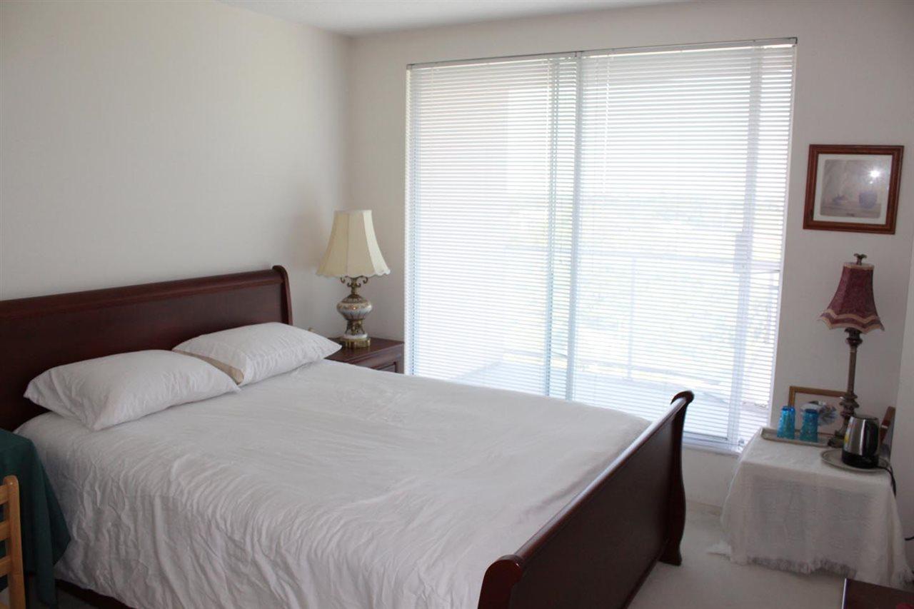 Condo Apartment at 901 7760 GRANVILLE AVENUE, Unit 901, Richmond, British Columbia. Image 6