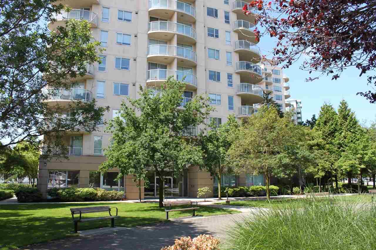 Condo Apartment at 901 7760 GRANVILLE AVENUE, Unit 901, Richmond, British Columbia. Image 10