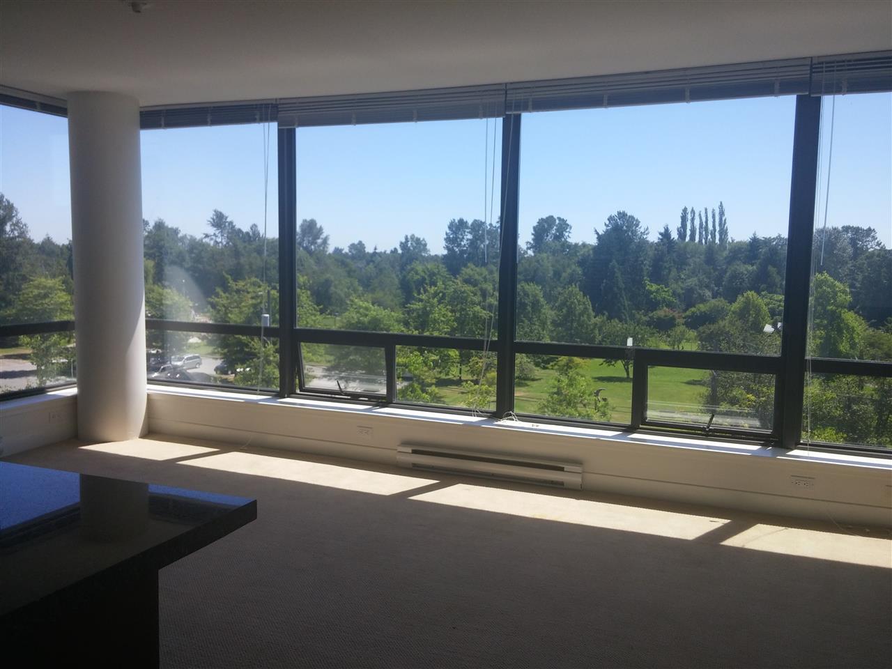Condo Apartment at 701 9188 COOK ROAD, Unit 701, Richmond, British Columbia. Image 2