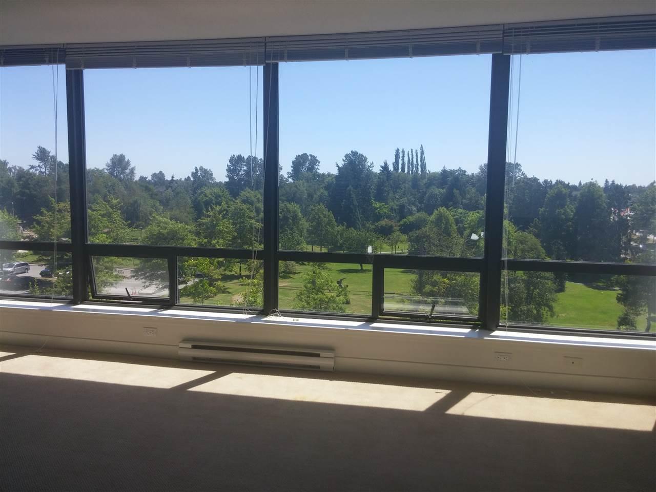 Condo Apartment at 701 9188 COOK ROAD, Unit 701, Richmond, British Columbia. Image 4