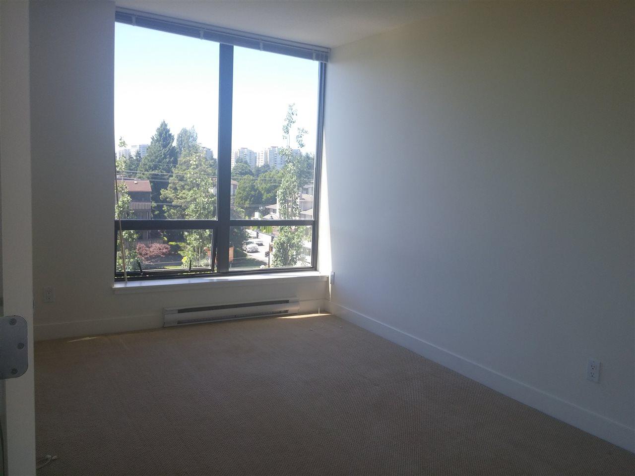 Condo Apartment at 701 9188 COOK ROAD, Unit 701, Richmond, British Columbia. Image 11