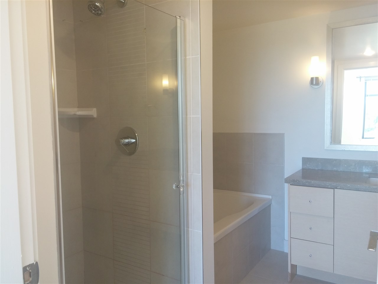 Condo Apartment at 701 9188 COOK ROAD, Unit 701, Richmond, British Columbia. Image 14