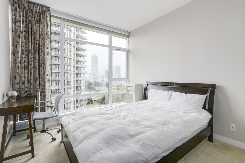 Condo Apartment at 1001 6188 WILSON AVENUE, Unit 1001, Burnaby South, British Columbia. Image 13