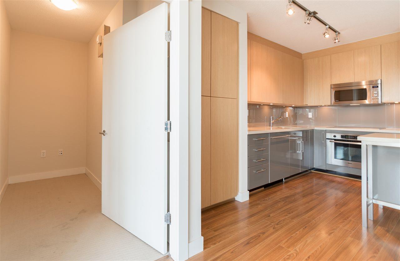 Condo Apartment at 1102 1833 CROWE STREET, Unit 1102, Vancouver West, British Columbia. Image 7