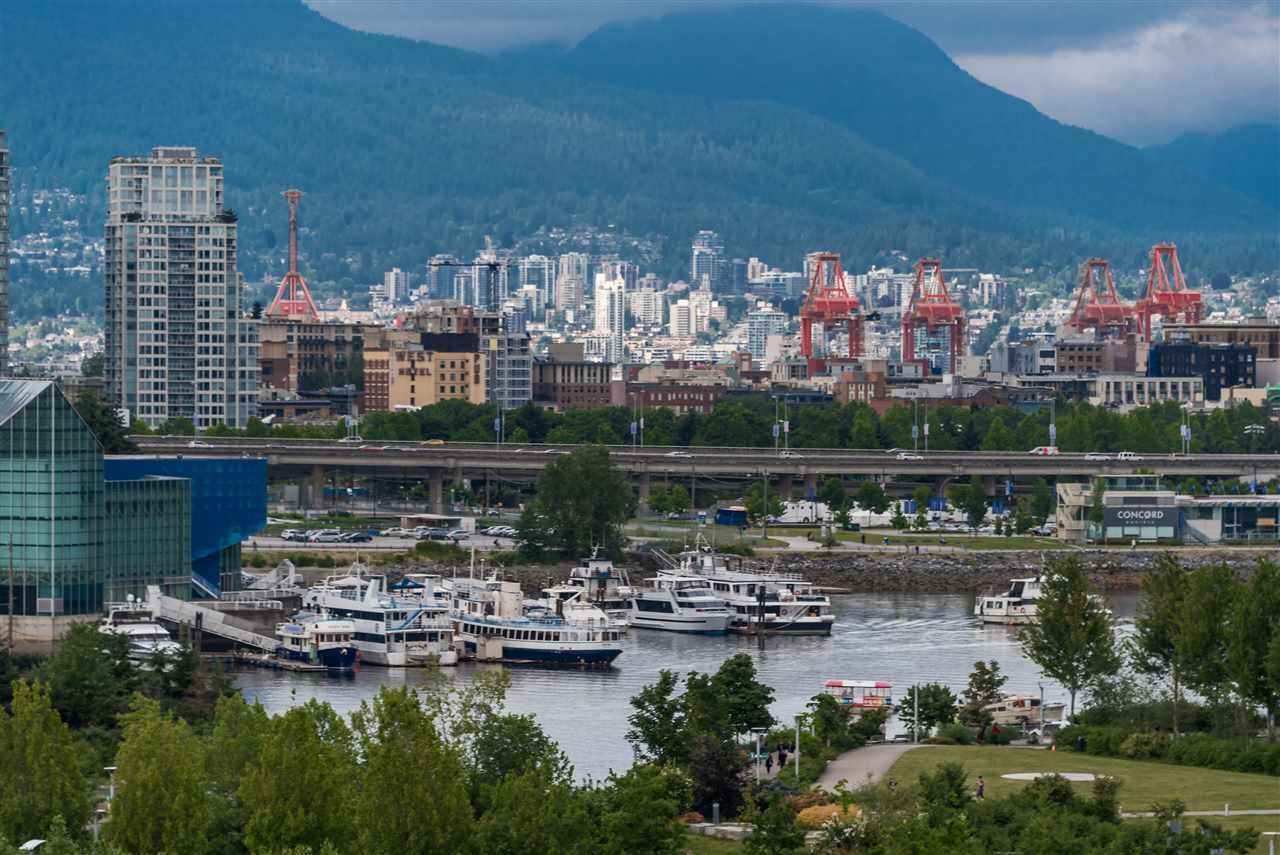Condo Apartment at 1102 1833 CROWE STREET, Unit 1102, Vancouver West, British Columbia. Image 14