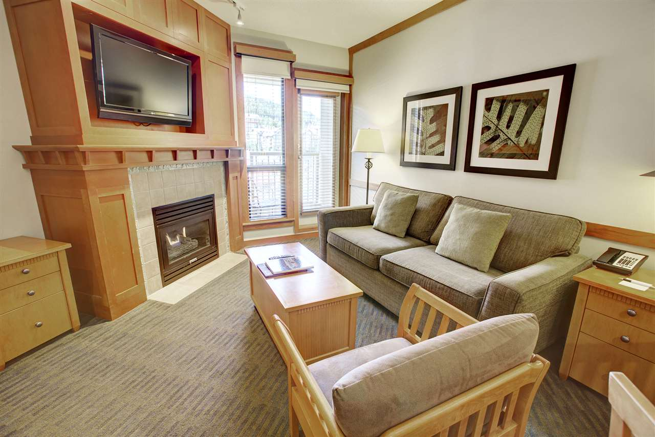 Condo Apartment at 420 4320 SUNDIAL CRESCENT, Unit 420, Whistler, British Columbia. Image 2