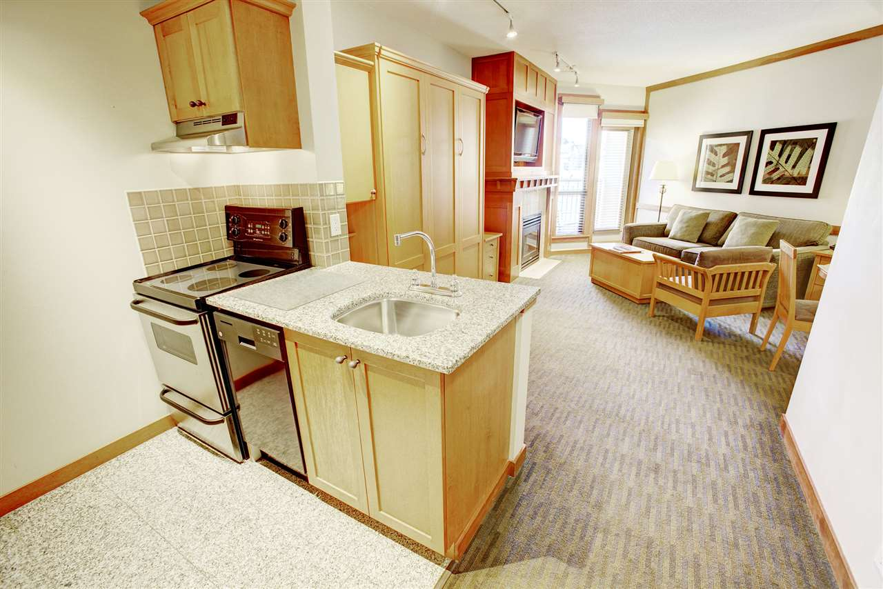 Condo Apartment at 420 4320 SUNDIAL CRESCENT, Unit 420, Whistler, British Columbia. Image 6