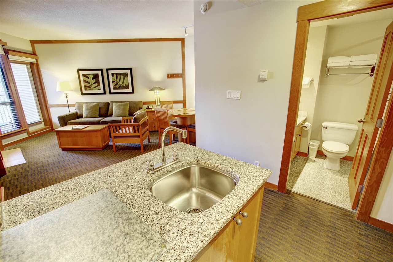 Condo Apartment at 420 4320 SUNDIAL CRESCENT, Unit 420, Whistler, British Columbia. Image 9