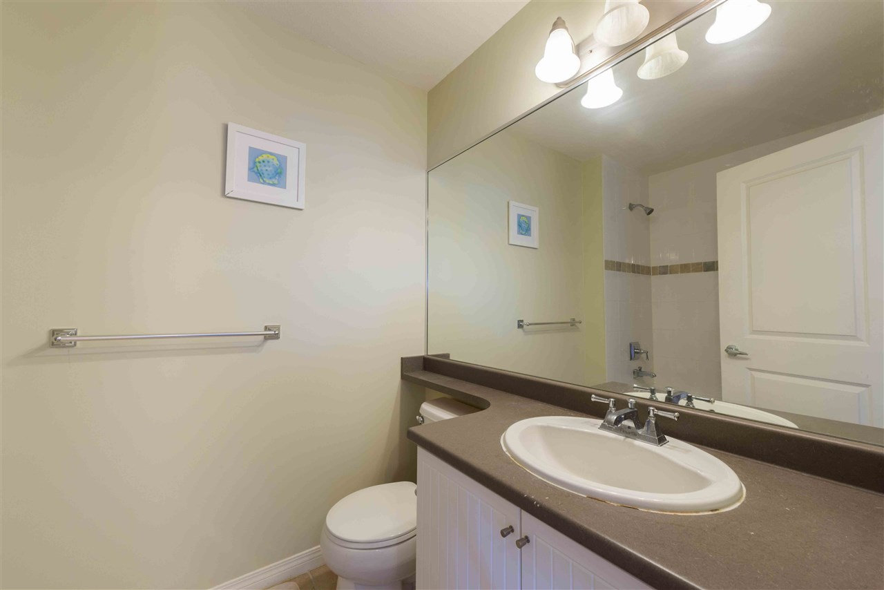 Townhouse at 8 8250 158 STREET, Unit 8, Surrey, British Columbia. Image 15