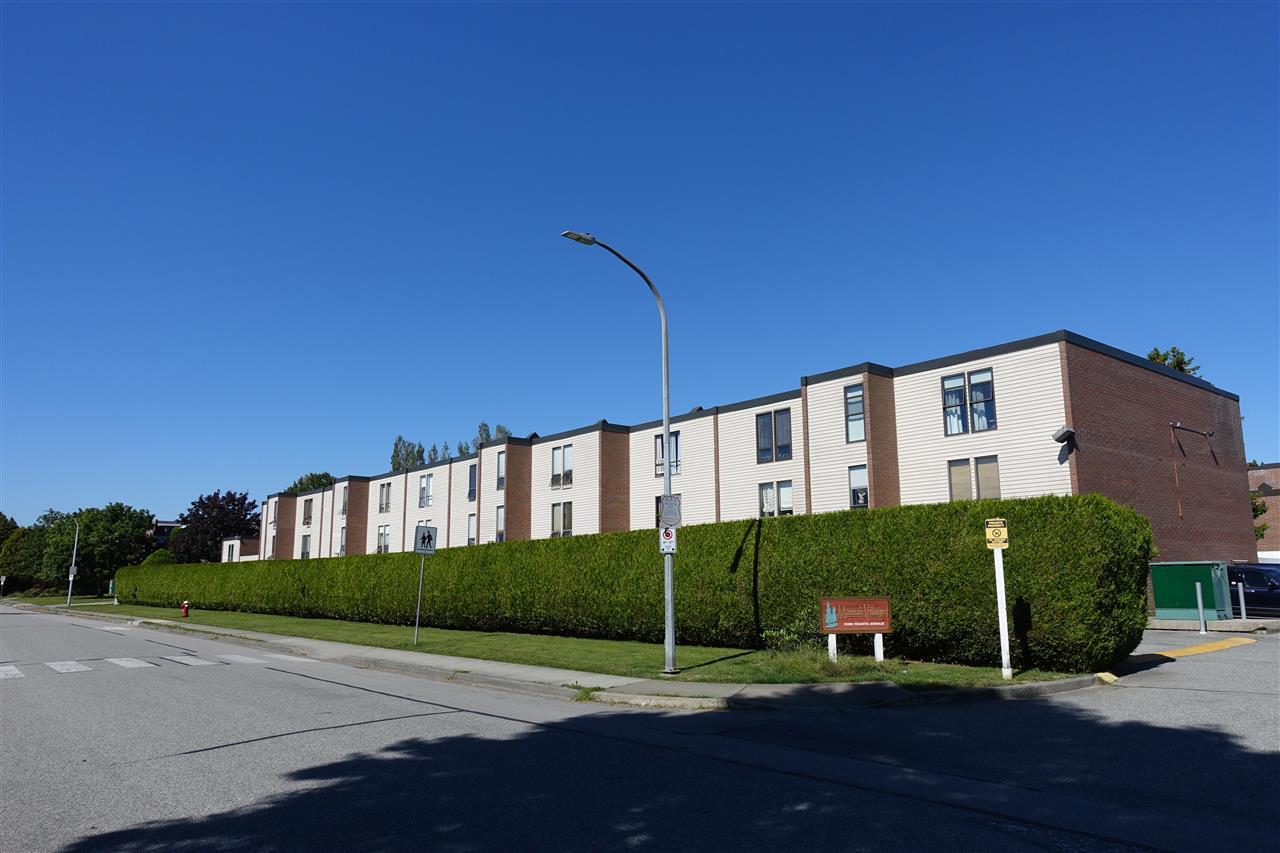Townhouse at 67 10200 4TH AVENUE, Unit 67, Richmond, British Columbia. Image 3