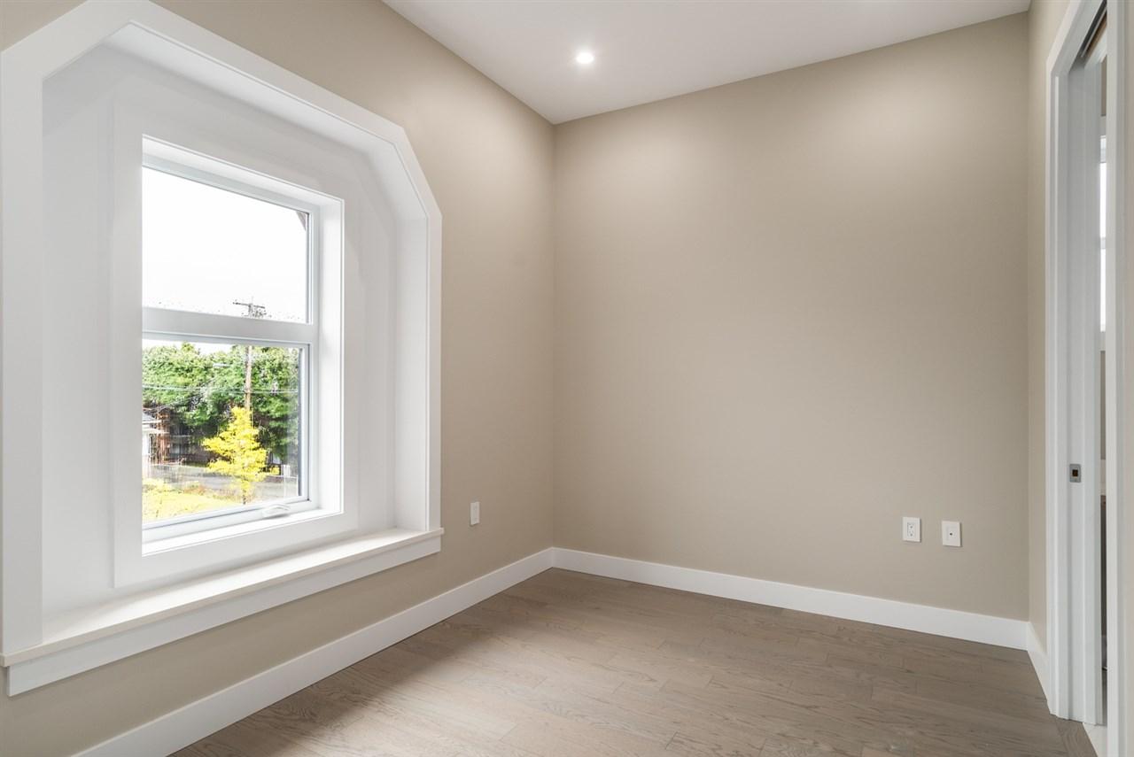 Half-duplex at 8559 MONTCALM STREET, Vancouver West, British Columbia. Image 16
