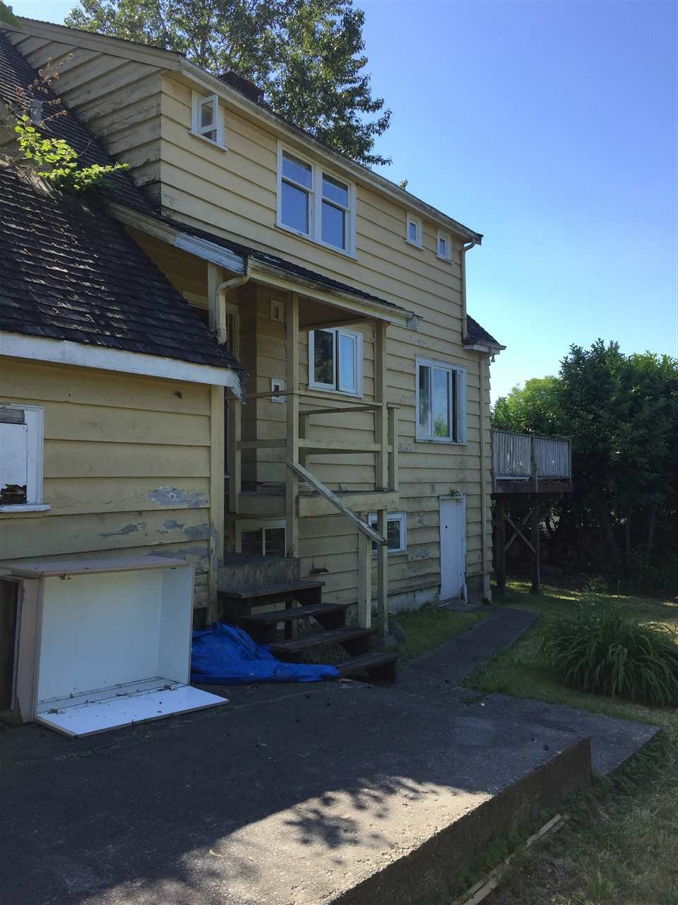 Detached at 7725 BERKLEY STREET, Burnaby South, British Columbia. Image 5