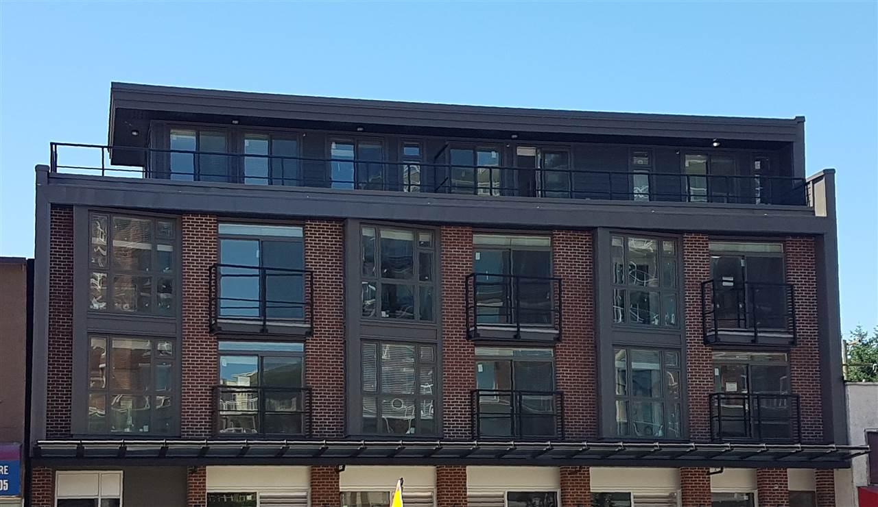Condo Apartment at 207 3939 KNIGHT STREET, Unit 207, Vancouver East, British Columbia. Image 1
