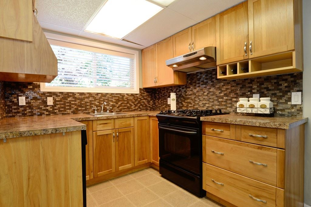 Detached at 5153 N WHITWORTH CRESCENT, Ladner, British Columbia. Image 14