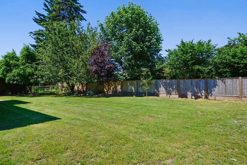 Detached at 5153 N WHITWORTH CRESCENT, Ladner, British Columbia. Image 18