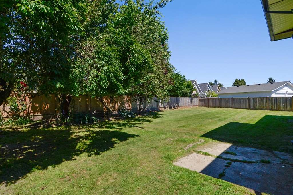 Detached at 5153 N WHITWORTH CRESCENT, Ladner, British Columbia. Image 19