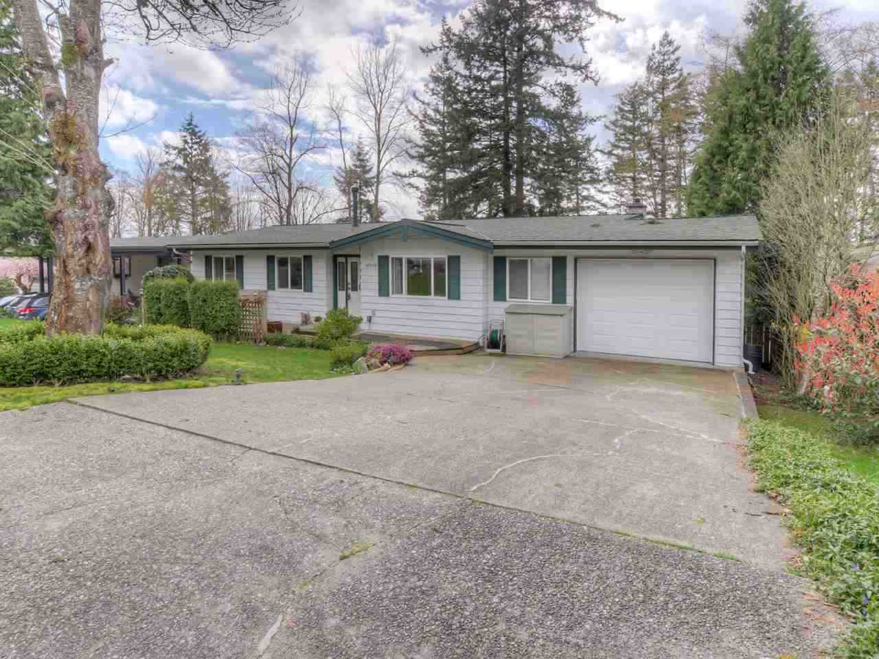 Detached at 10510 SANTA MONICA DRIVE, N. Delta, British Columbia. Image 1