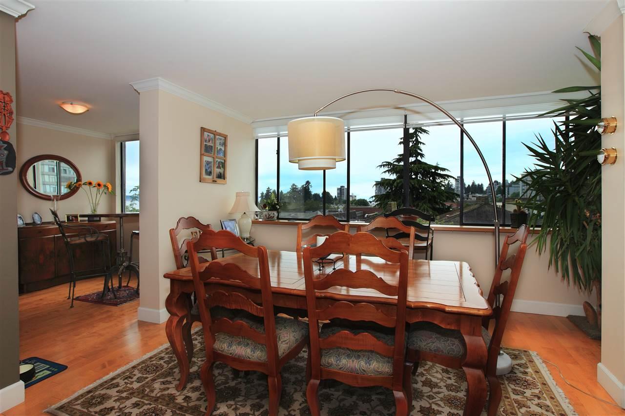 Condo Apartment at 302 460 14TH STREET, Unit 302, West Vancouver, British Columbia. Image 8