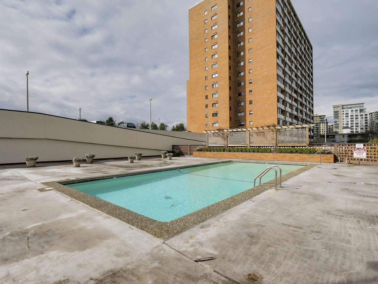 Condo Apartment at 1708 6651 MINORU BOULEVARD, Unit 1708, Richmond, British Columbia. Image 4