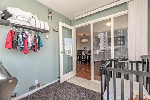 Condo Apartment at 1907 583 BEACH CRESCENT, Unit 1907, Vancouver West, British Columbia. Image 8