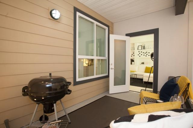 Condo Apartment at 115 6438 195A STREET, Unit 115, Cloverdale, British Columbia. Image 7