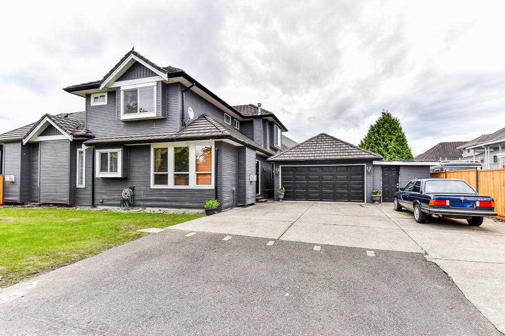 Detached at 12706 67A AVENUE, Surrey, British Columbia. Image 19