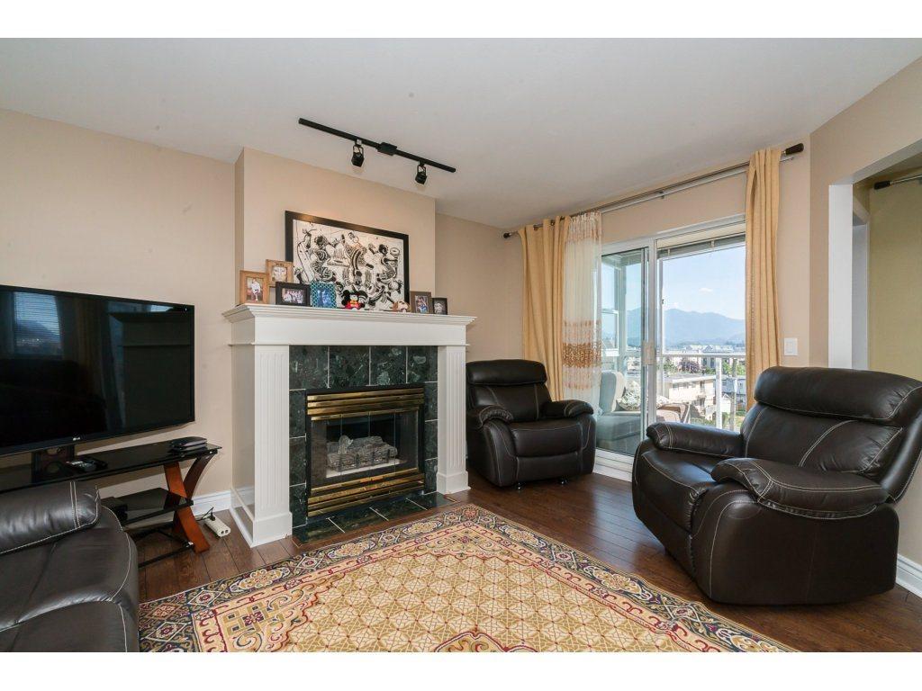 Condo Apartment at 403 45745 PRINCESS AVENUE, Unit 403, Chilliwack, British Columbia. Image 3