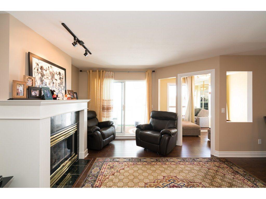 Condo Apartment at 403 45745 PRINCESS AVENUE, Unit 403, Chilliwack, British Columbia. Image 4