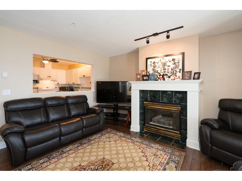 Condo Apartment at 403 45745 PRINCESS AVENUE, Unit 403, Chilliwack, British Columbia. Image 5
