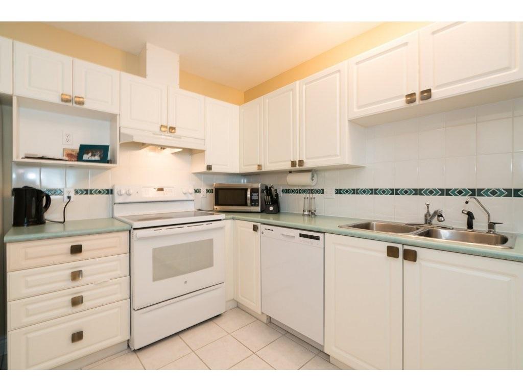 Condo Apartment at 403 45745 PRINCESS AVENUE, Unit 403, Chilliwack, British Columbia. Image 9
