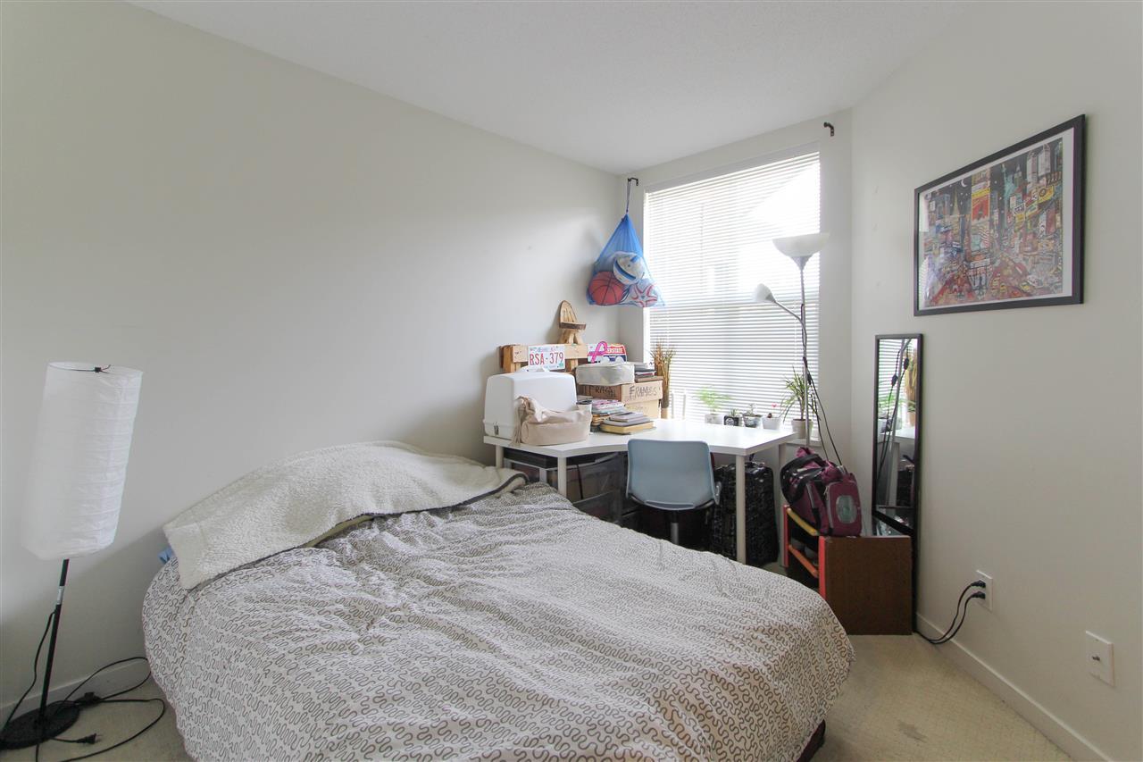 Condo Apartment at 402 10707 139 STREET, Unit 402, North Surrey, British Columbia. Image 4