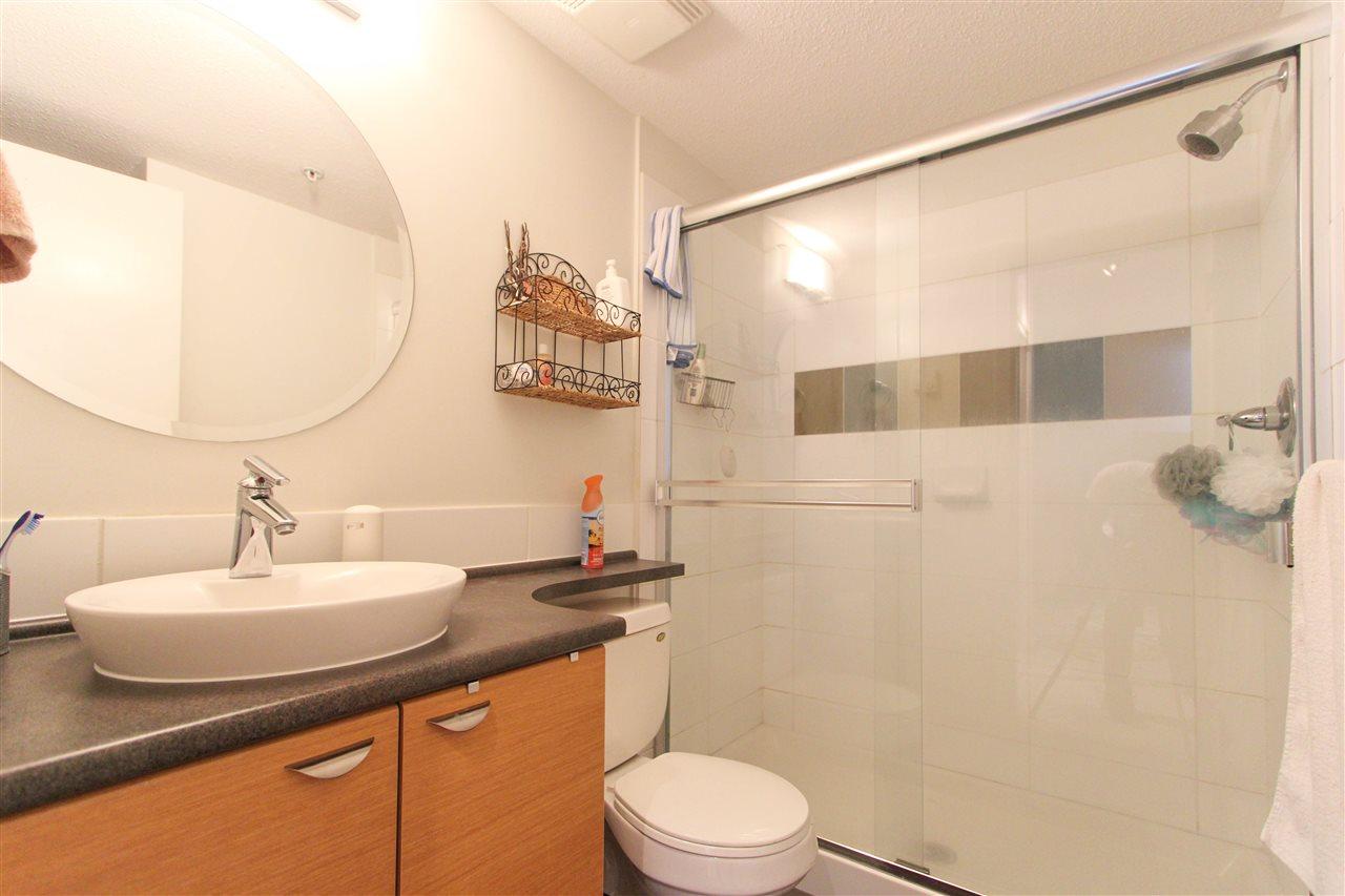 Condo Apartment at 402 10707 139 STREET, Unit 402, North Surrey, British Columbia. Image 8