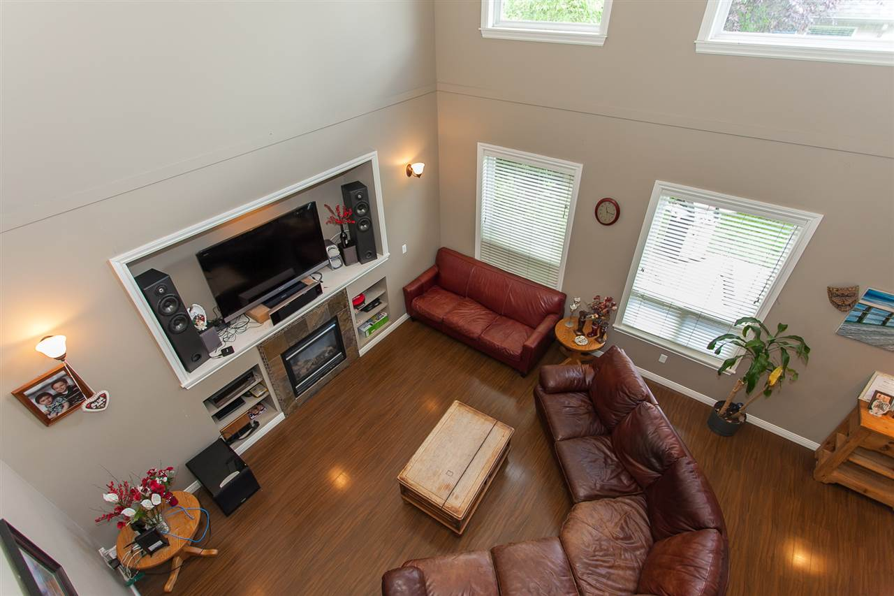 Detached at 7291 197 STREET, Langley, British Columbia. Image 15