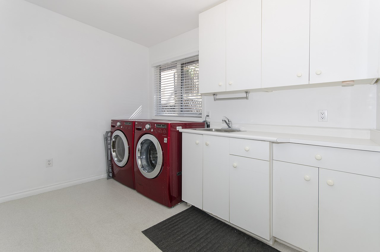 Detached at 5830 ALMA STREET, Vancouver West, British Columbia. Image 15