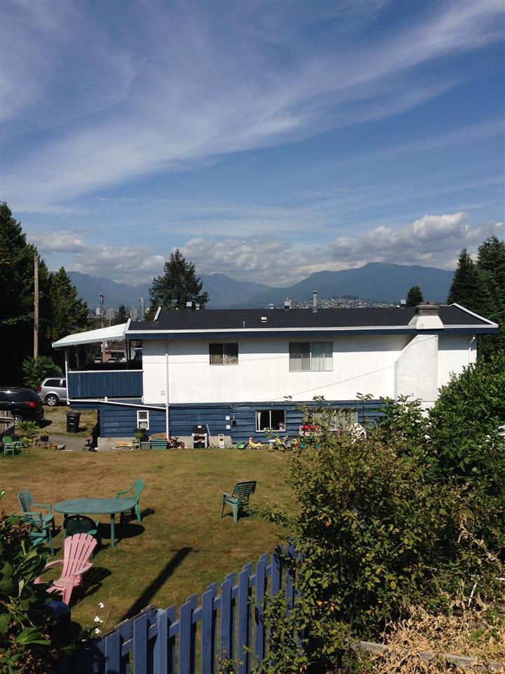 Detached at 5527 SUSSEX AVENUE, Burnaby South, British Columbia. Image 6