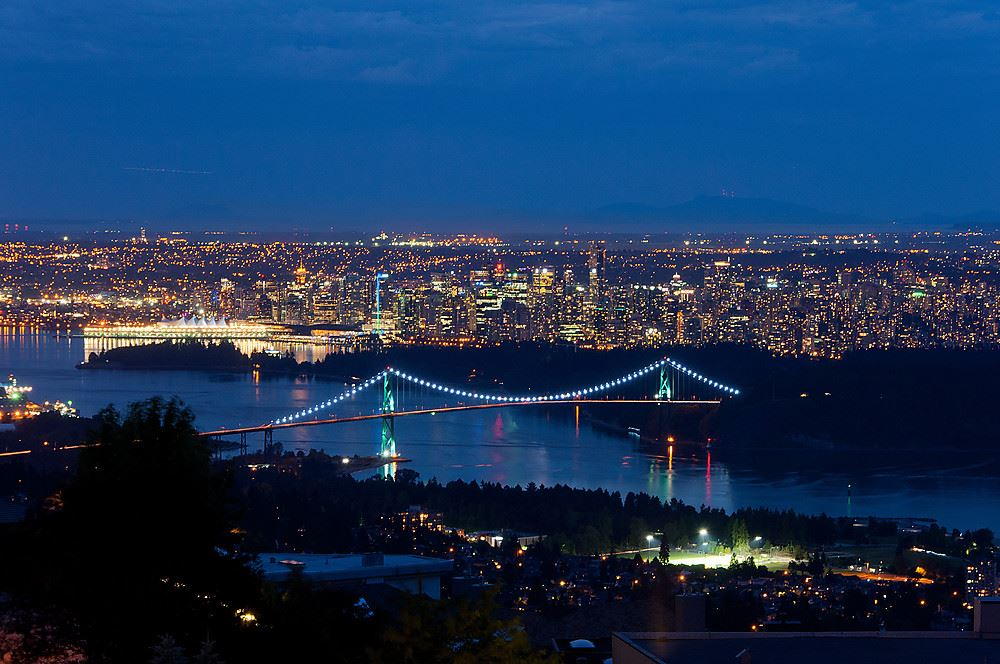 Detached at 775 KING GEORGES WAY, West Vancouver, British Columbia. Image 1