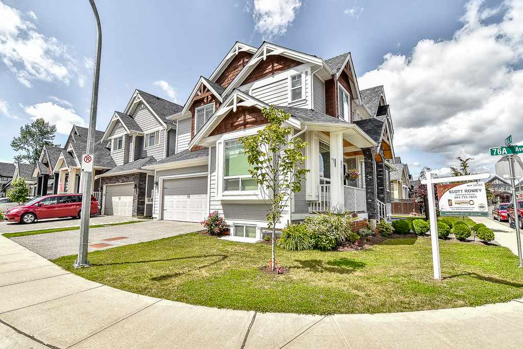 Detached at 7651 210A STREET, Langley, British Columbia. Image 2
