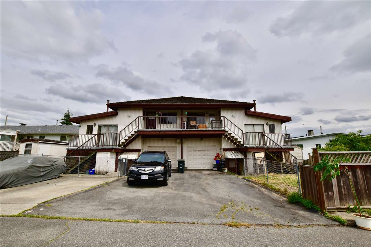 Detached at 3856-58 MOSCROP STREET, Burnaby South, British Columbia. Image 4
