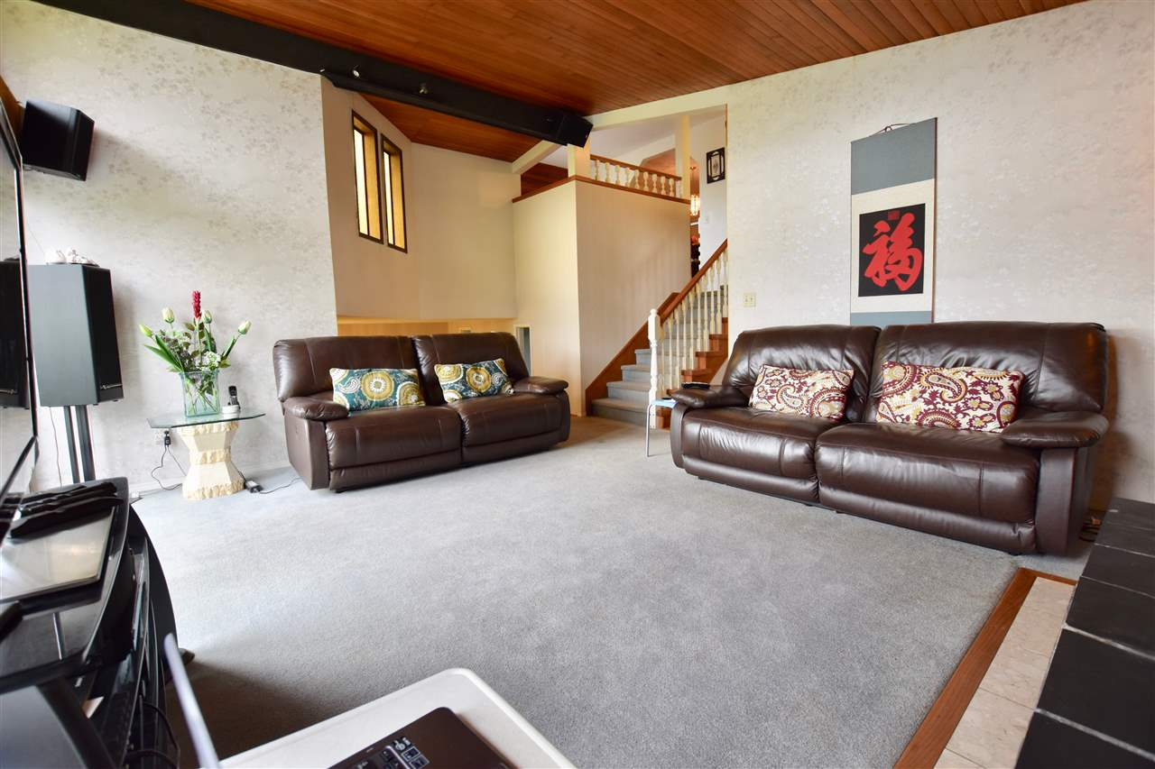 Detached at 3856-58 MOSCROP STREET, Burnaby South, British Columbia. Image 15