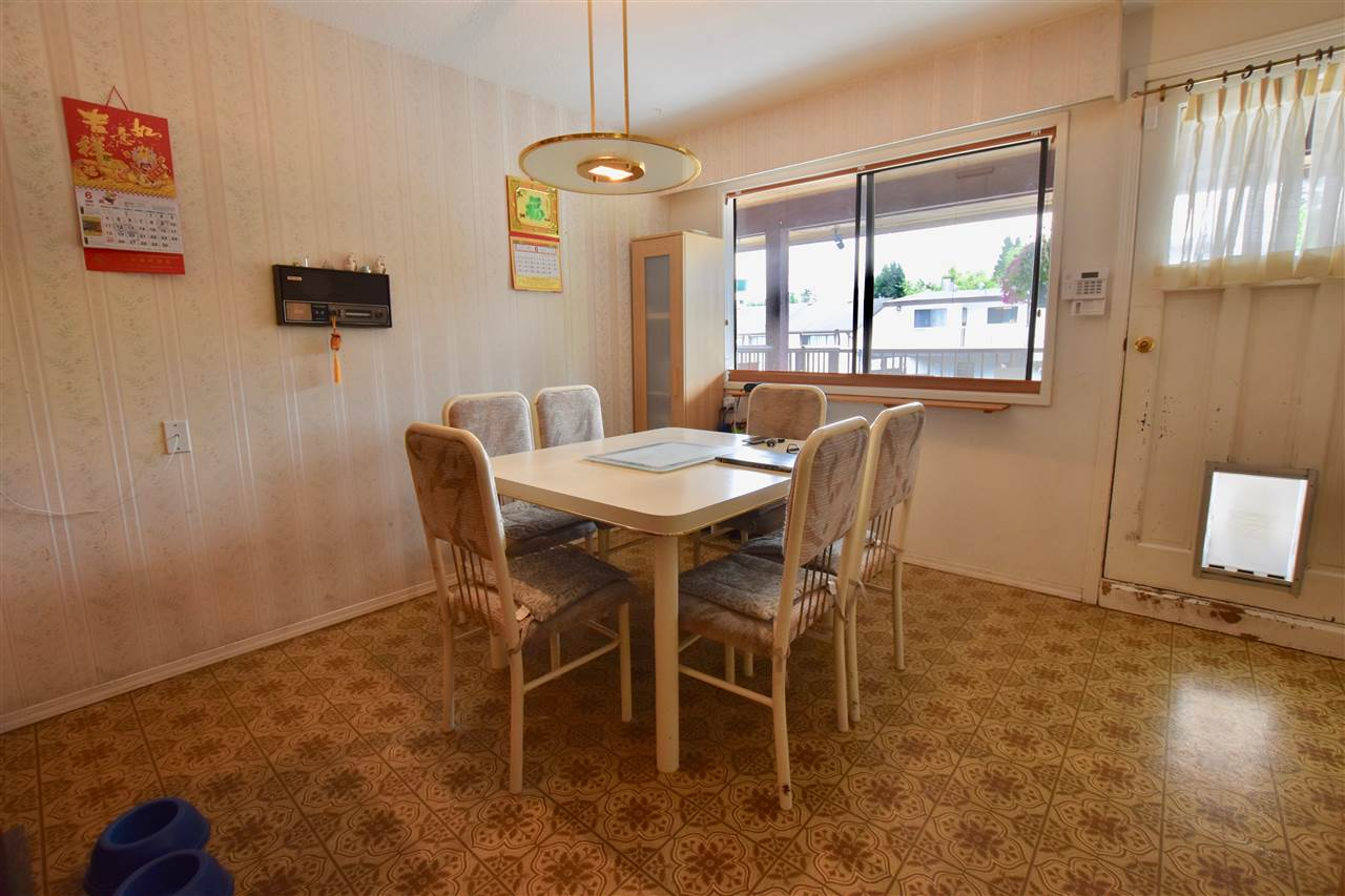Detached at 3856-58 MOSCROP STREET, Burnaby South, British Columbia. Image 17