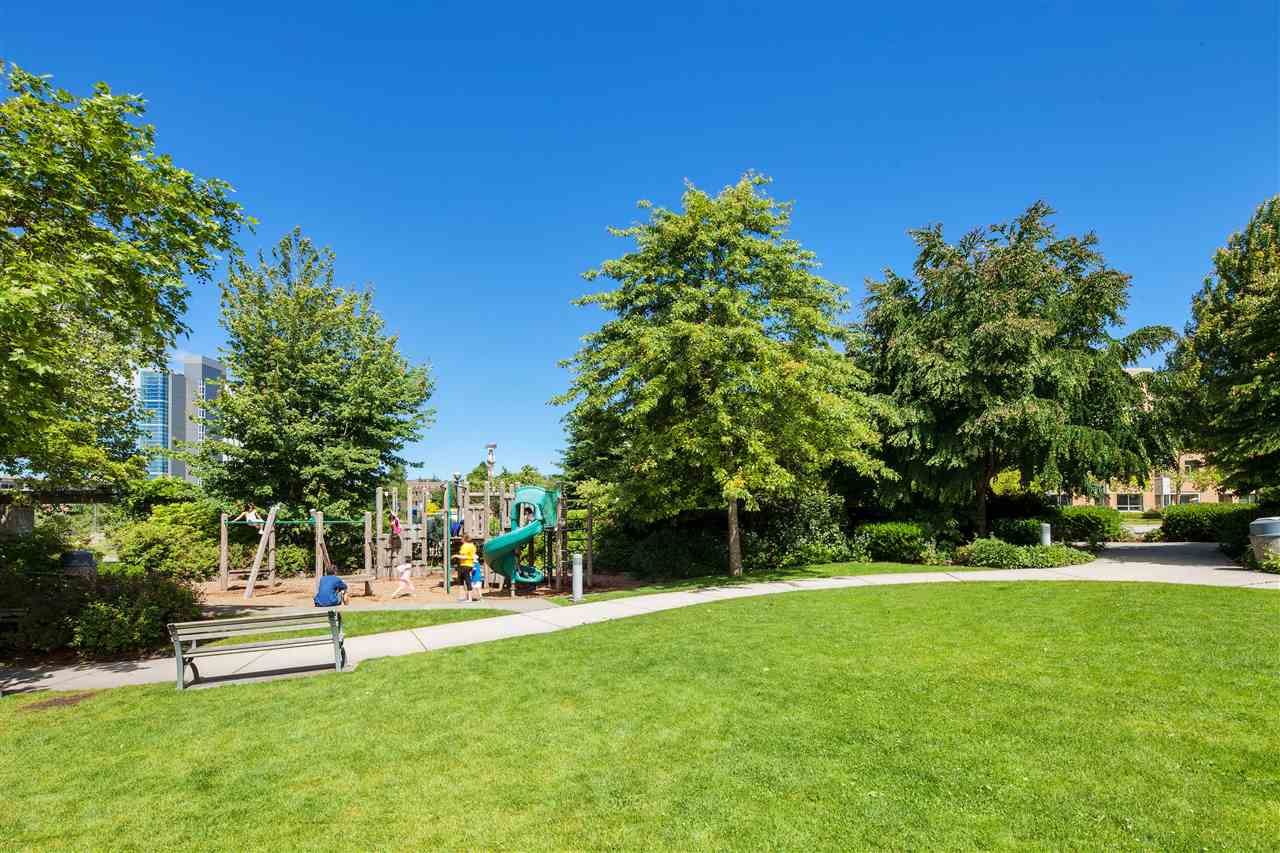 Condo Apartment at 218 6279 EAGLES DRIVE, Unit 218, Vancouver West, British Columbia. Image 17
