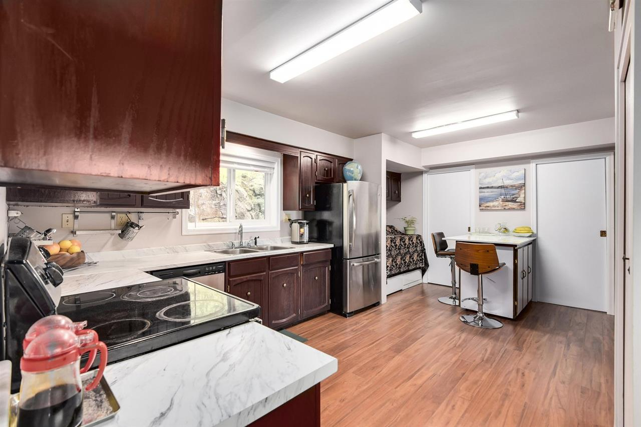 Detached at 1063 MILLSTREAM ROAD, West Vancouver, British Columbia. Image 11