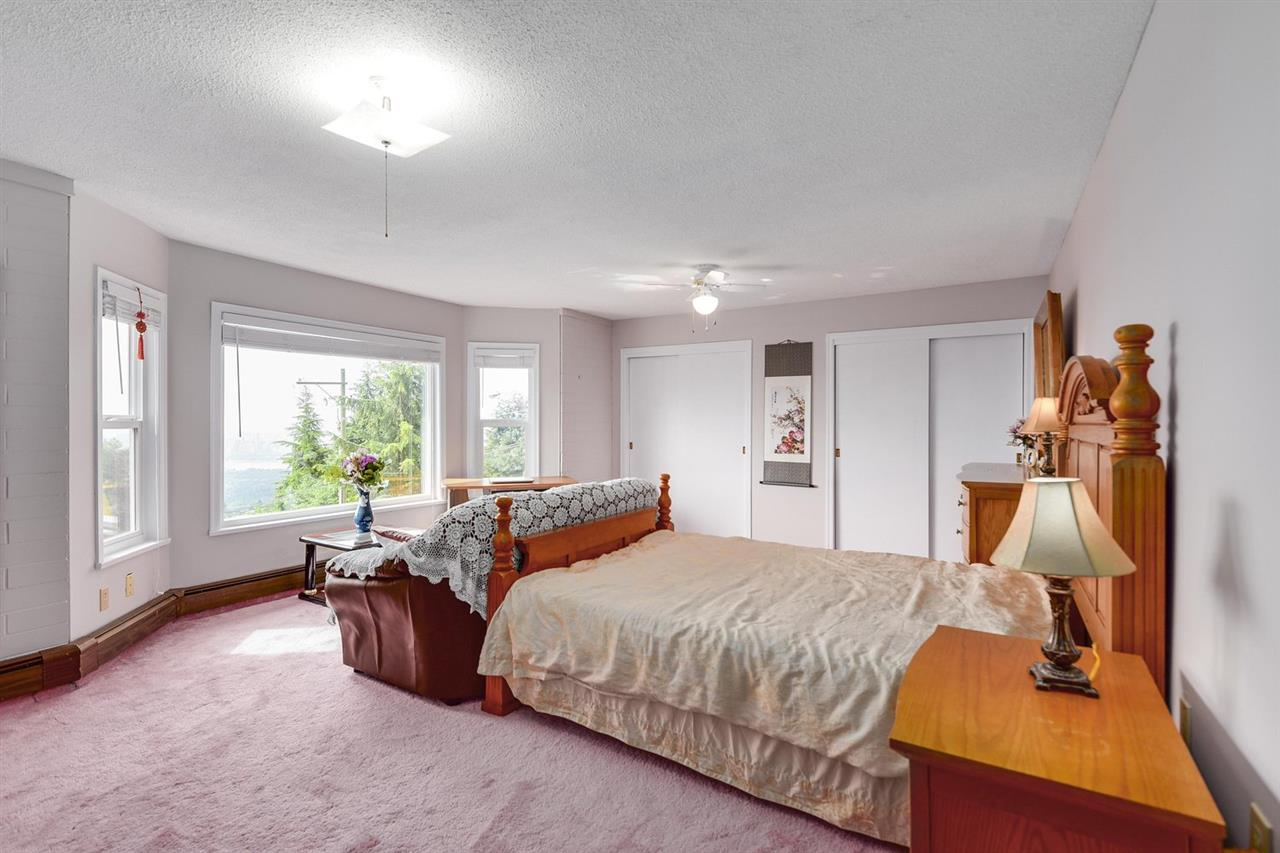 Detached at 1063 MILLSTREAM ROAD, West Vancouver, British Columbia. Image 19