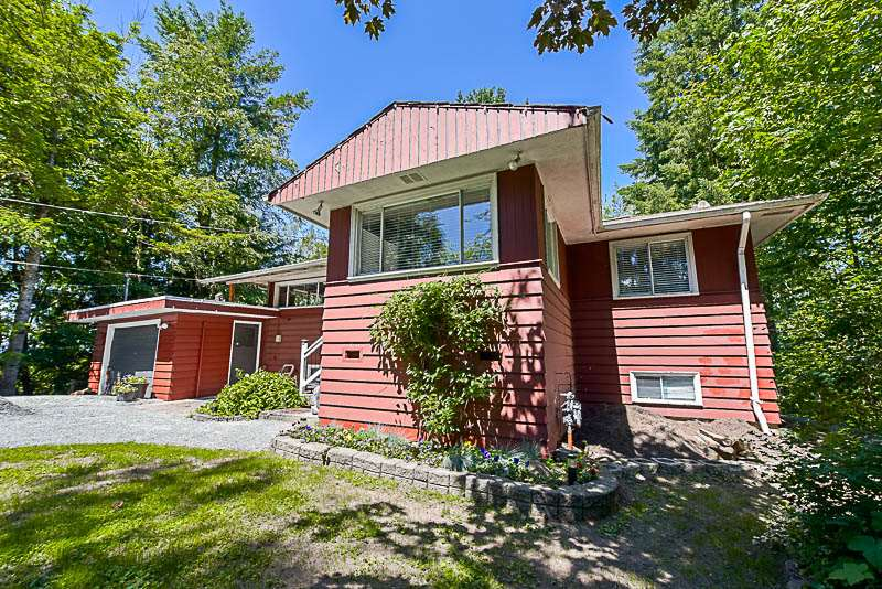 Detached at 46715 UPLANDS ROAD, Sardis, British Columbia. Image 1
