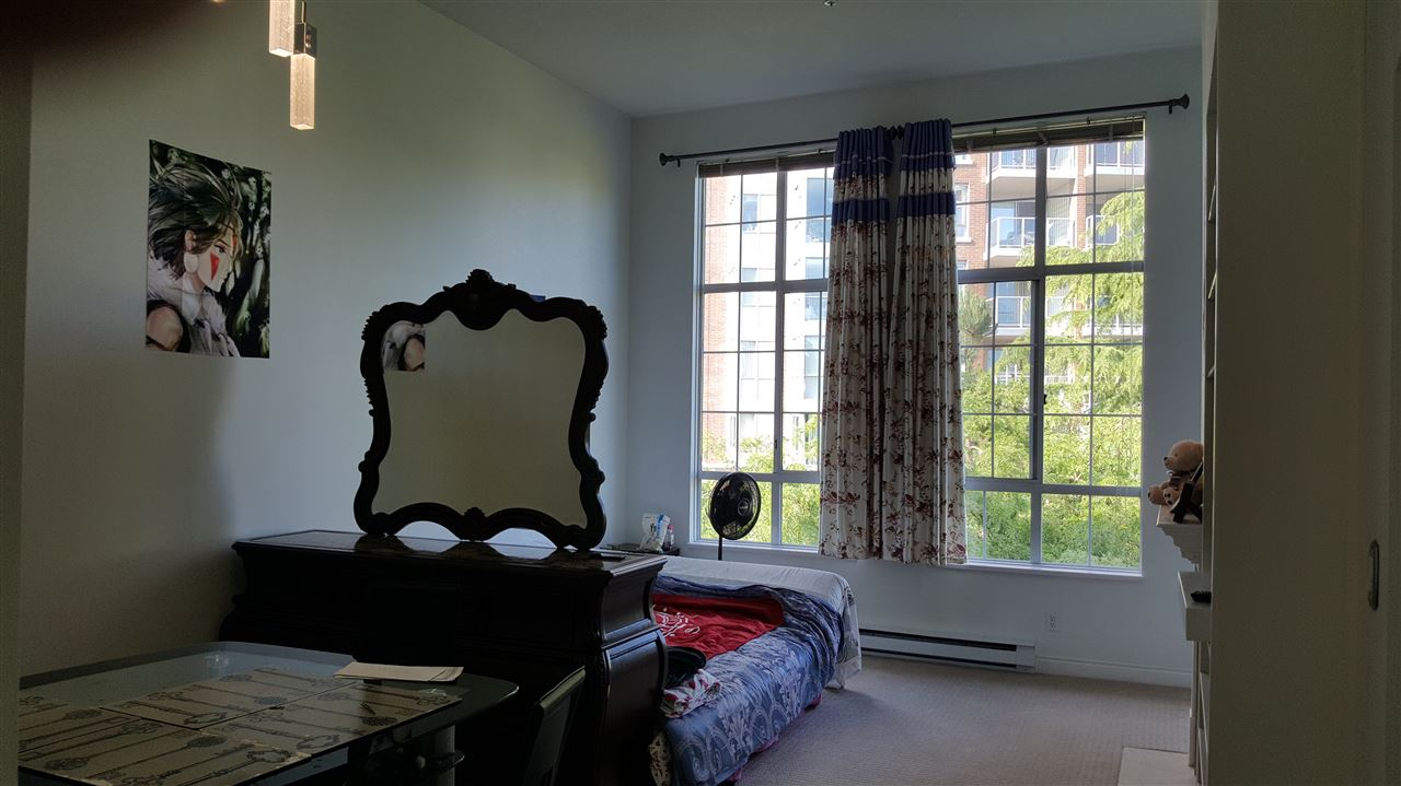 Condo Apartment at 429 5835 HAMPTON PLACE, Unit 429, Vancouver West, British Columbia. Image 4