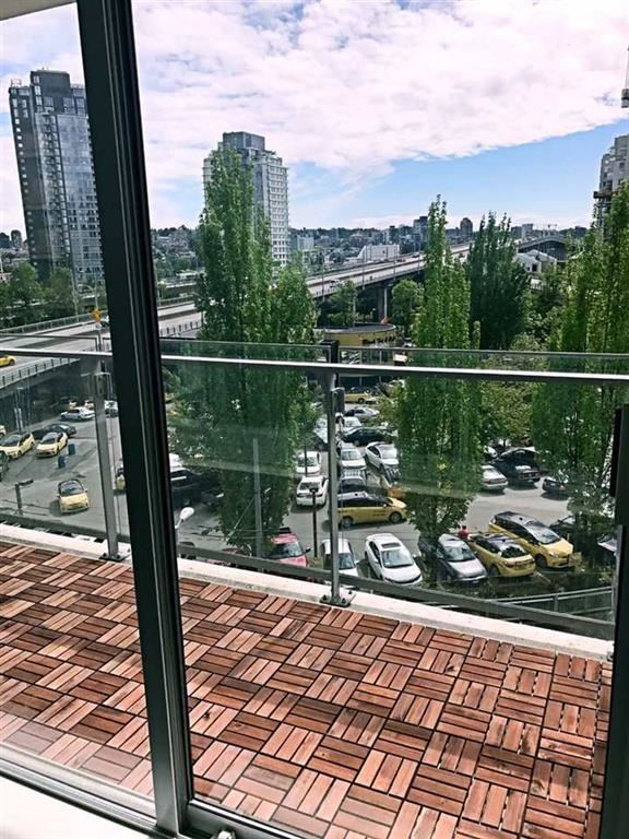 Condo Apartment at 610 1351 CONTINENTAL STREET, Unit 610, Vancouver West, British Columbia. Image 12