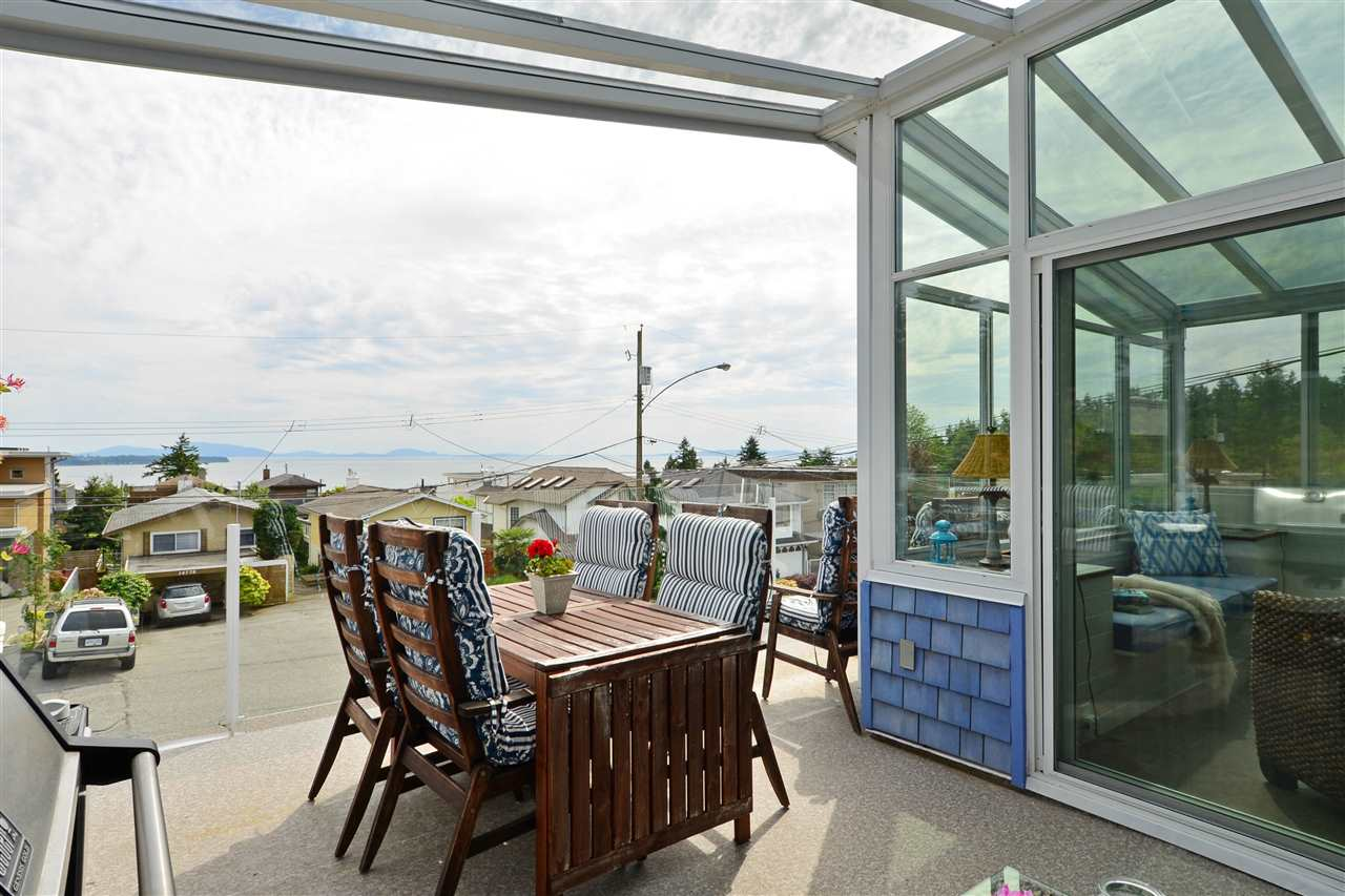 Detached at 14781 GOGGS AVENUE, South Surrey White Rock, British Columbia. Image 9
