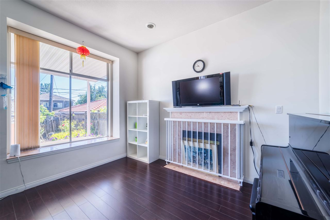 Detached at 1030 E 55TH AVENUE, Vancouver East, British Columbia. Image 5