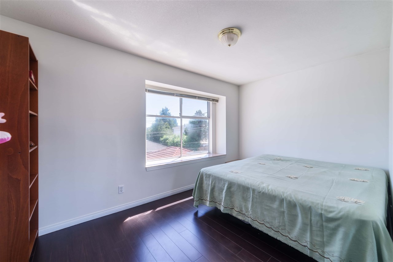 Detached at 1030 E 55TH AVENUE, Vancouver East, British Columbia. Image 13