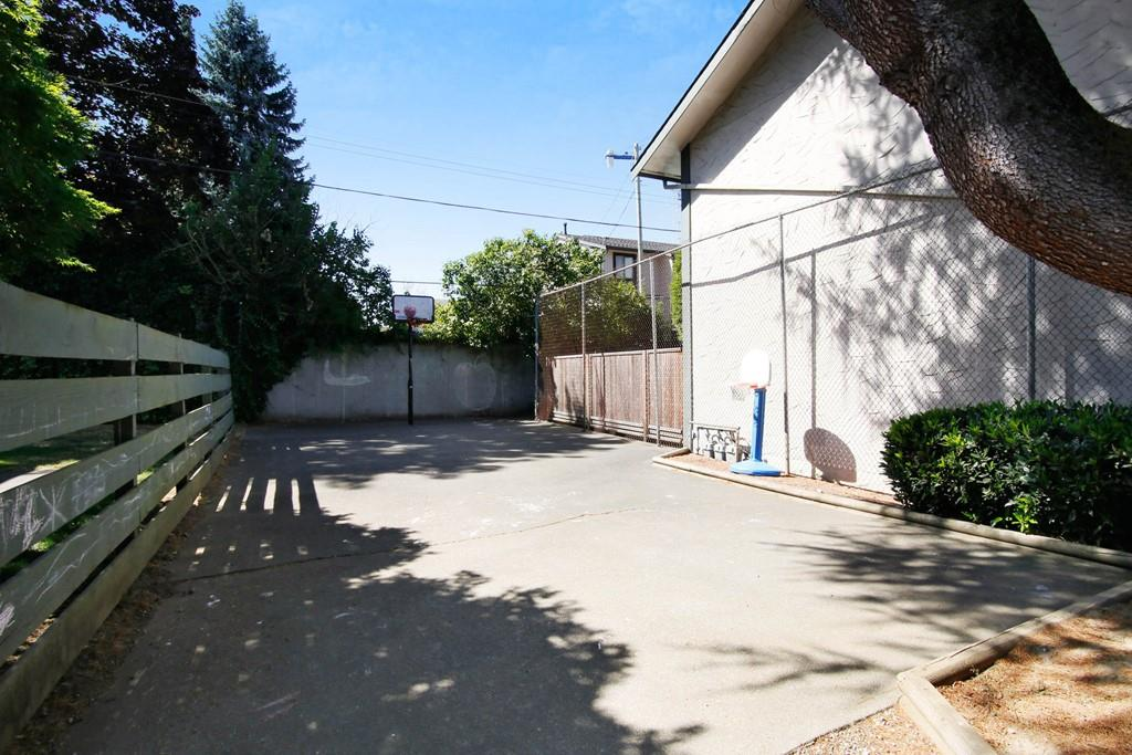 Townhouse at 127 32880 BEVAN WAY, Unit 127, Abbotsford, British Columbia. Image 20